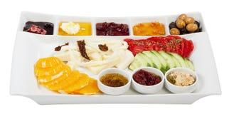 Turkisk frukost, på en vit bakgrund Royaltyfri Fotografi