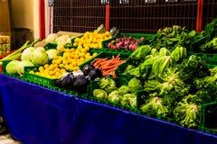 Turkisk grönsakshandlare Storefront Royaltyfri Bild
