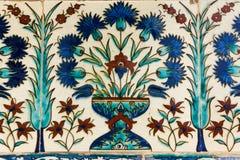Turkisk keramisk tegelplatta arkivfoton