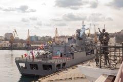 Turkisk krigsskepp i porten av Odessa NATO-krigsmakter i Ukraina odessa ukraine 2019 03 06 royaltyfri fotografi