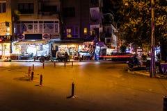 Turkisk stad för sommarsemester på natten Royaltyfria Foton
