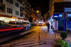 Turkisk stad för sommarsemester på natten Royaltyfria Bilder