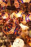 Turkiska lampor på basar Royaltyfri Foto