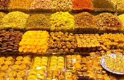Turkiska sötsaker och Teas Royaltyfria Foton