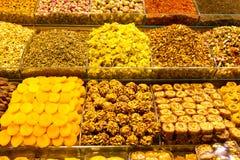 Turkiska sötsaker och Teas Arkivbild