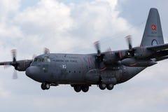 Turkiskt flygplan 63-3187 för flygvapenTurk Hava Kuvvetleri Lockheed C-130E Hercules militärt transport Royaltyfri Fotografi