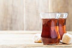 Turkiskt te och orientaliska sötsaker Royaltyfri Bild