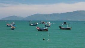 Turkooise oceaan de tijdtijdspanne van de kustlijn hoge definitie stock video
