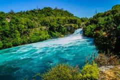 Turkooise Waikato-rivier, Huka-Dalingen, Taupo, Nieuw Zeeland royalty-vrije stock fotografie