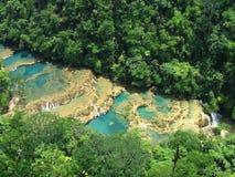Turkooise watervallen stock fotografie