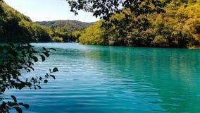 Turkos sjö, Plitvice Kroatien Fotografering för Bildbyråer