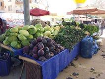 Turks bazaarfruit en plantaardige box royalty-vrije stock fotografie
