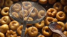 Turkse Anatolia Traditional Sweet Dessert Donut Genoemd Lokma stock video