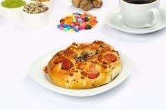 Turkse Gebakjes - Pogaca-pizza stock afbeeldingen