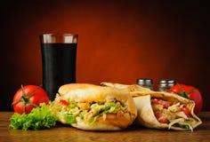Turkse kebab en shawarma Stock Afbeeldingen
