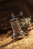 Turkse koffiemolen Stock Afbeeldingen