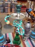 Turkse rokende nargile waterpijp of shisha Stock Afbeeldingen