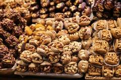Turkse Snoepjes in Kruidbazaar, Istanboel, Turkije royalty-vrije stock foto's
