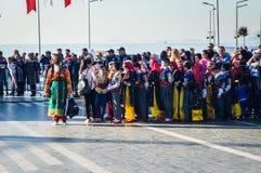 Turkse Volksdansers op Nationale Soevereiniteit en Kinderen` s Dag - Turkije Royalty-vrije Stock Fotografie