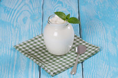 Turkse yoghurtyoghurt royalty-vrije stock foto's