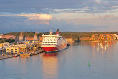 Turku bei Sonnenuntergang Stockbild