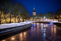 Turku Finland, härlig sikt av aurafloden royaltyfria bilder