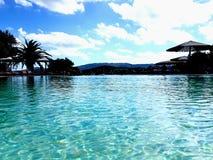 Turkusowy basen na Sardyńskiej wyspie obraz stock