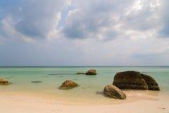 Turkusowy morze i skały, Phu Quoc Vetnam Zdjęcia Royalty Free
