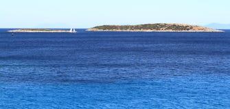 Turkusowy morze w Chorwacja Vis wyspie zdjęcie stock