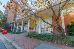 Turlington Hall и Александр Hall на государственном университете NC Стоковое Изображение