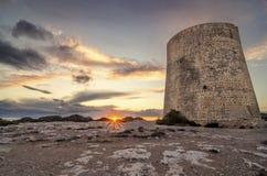 Turm bei Sonnenuntergang Lizenzfreie Stockfotos