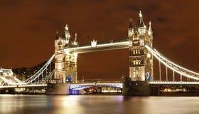 Turm-Brücke stockbild
