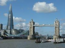 Turm-Brücke und die Scherbe, London Lizenzfreie Stockfotos