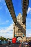 Turm-Brücken-Straße London Vereinigtes Königreich Lizenzfreies Stockbild