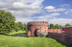 Turm de Der Dohna da torre do bastião da fortificação Kaliningrad, Rússia imagens de stock royalty free
