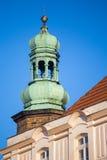 Turm der Kirche in Jelenia Gora Stockfotos