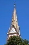 Turm der Ziegelsteinkirche Lizenzfreies Stockfoto