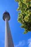 Turm des Stadions des Olympiapark Lizenzfreie Stockbilder
