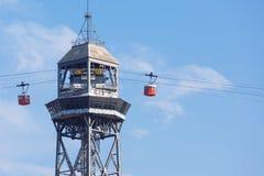 Turm für Drahtseilbahn in Barcelona Stockfotos