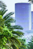 Turm gesehen vom Boulevard lizenzfreies stockfoto