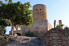Turm im Schloss von Capdepera Stockbild