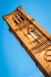 Turm Sans Francesco Church, Bologna Italien Lizenzfreies Stockfoto