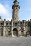 Turm und Eingang von Lion Castle Kassel Wilhelmshoehe Stockfotografie