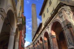 Turm von Bologna, Italien stockfotos