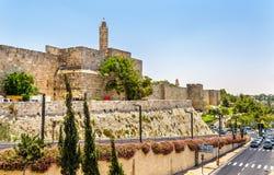 Turm von David und von Stadtmauern - Jerusalem lizenzfreies stockfoto