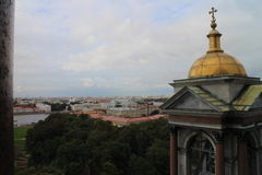 Turm von ` s St. Isaac Kathedrale, St Petersburg Lizenzfreies Stockbild