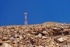Turm von Telekommunikation auf Berg, leh, ladakh stockfoto