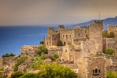 Turmhäuser in Vathia Griechenland Mani Peninsula lizenzfreie stockbilder