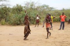 Springen der Stierzeremonie Äthiopien Lizenzfreies Stockbild