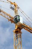 Turmkranelemente auf Baustelle Lizenzfreies Stockfoto